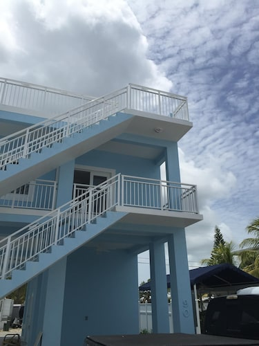 Great Place to stay Great Feel of a Home Away From Home near Key Largo