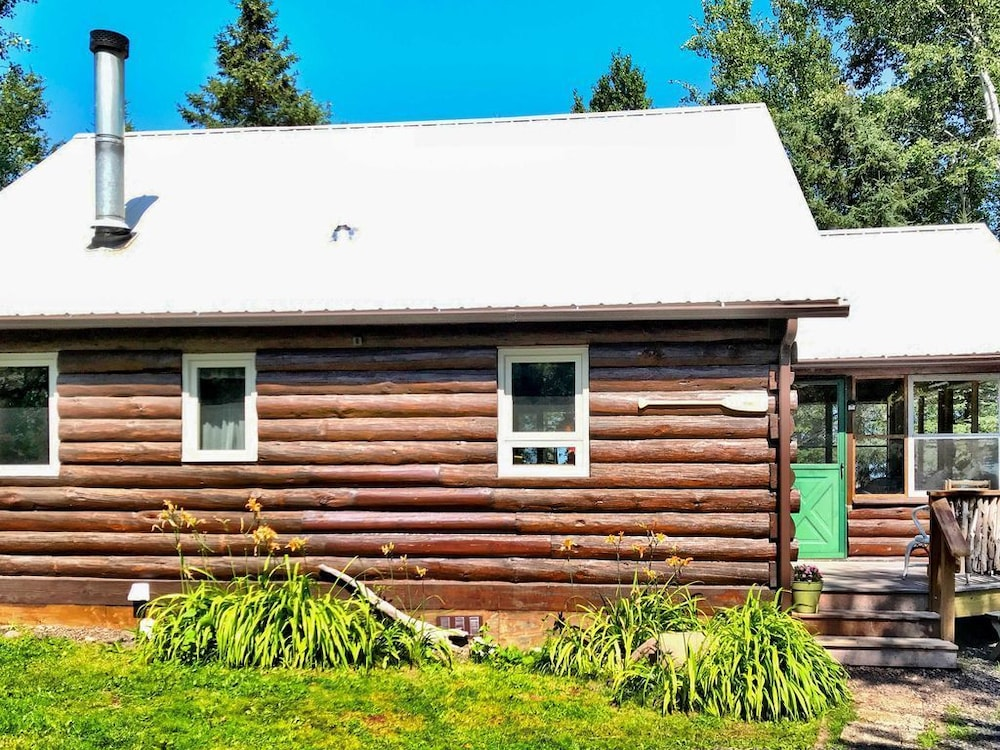 Exterior, Cabin on Lake Superior w/ Private Beach & Canoe!