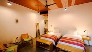 Edredones de plumas, caja fuerte, wifi gratis y ropa de cama