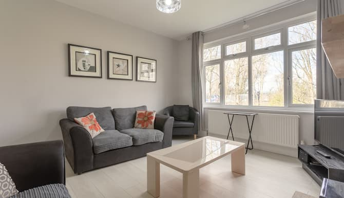 2 Bedroom Apartment In Morden With Terrace London 2021 Updated Prices Expedia Co Th