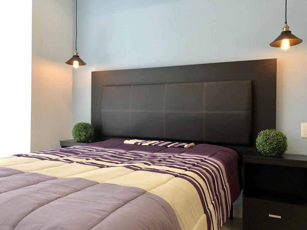 ... Comfort Apartment, 1 Bedroom   Guestroom ...
