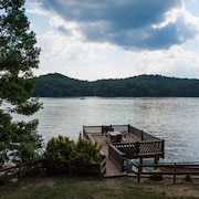 Large Dock on Claytor Lake - Summer Haven 3 Bedrooms 1 Bathroom Cabin