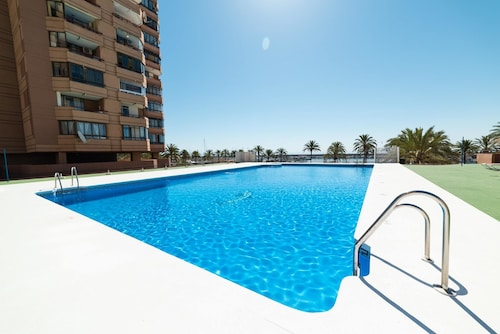 Apartment With one Bedroom in Fuengirola, With Private Pool - 50 m From the Beach