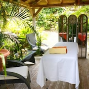 Bungalow With one Bedroom in Pointe-noire, With Furnished Garden and Wifi