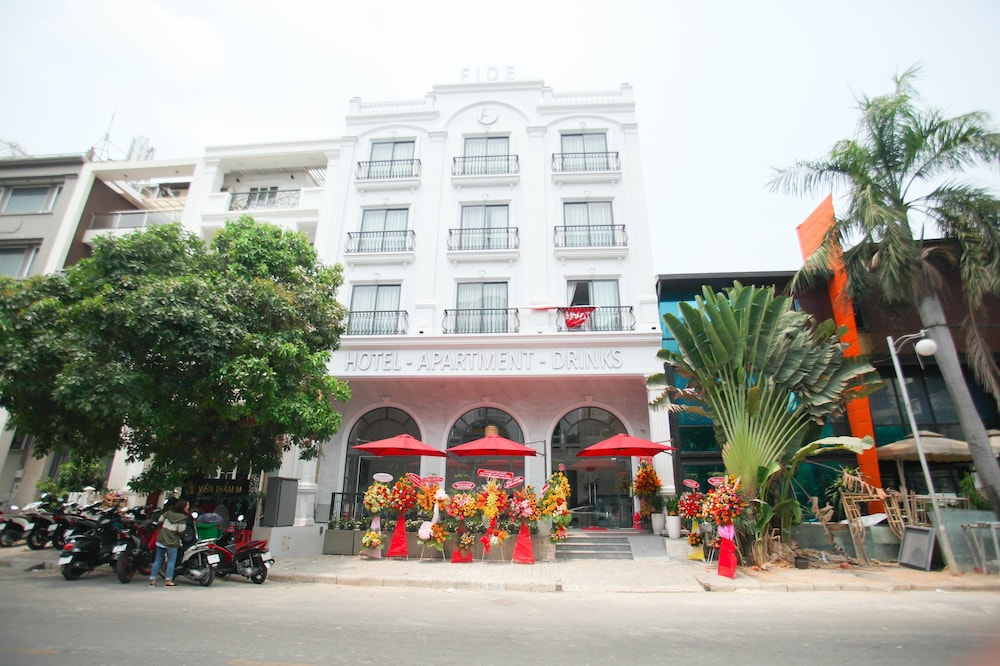 Front of Property, Fide Hotel