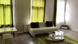 1 camera, ferro/asse da stiro, culle/letti per bambini (gratuiti)