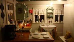 Fridge, stovetop, coffee/tea maker, electric kettle