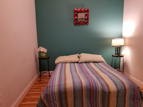 Check Expedia for Availability of Beautiful Furnished Bedrooms in DC