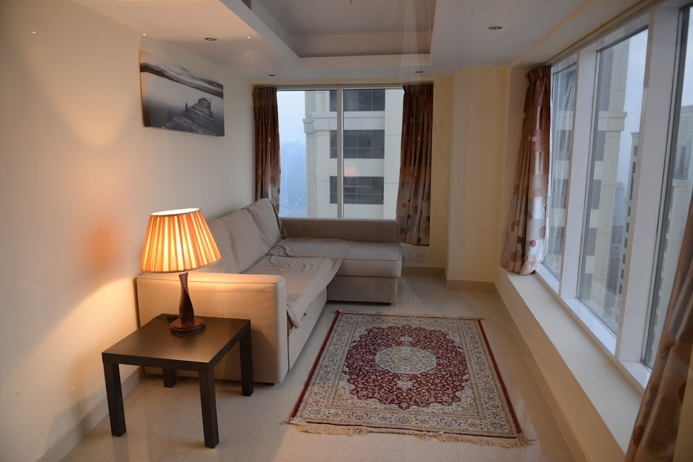 Jbr 3 Bedroom Duplex Apartment 0 Out Of 5 View From Hotel Featured Image Guestroom