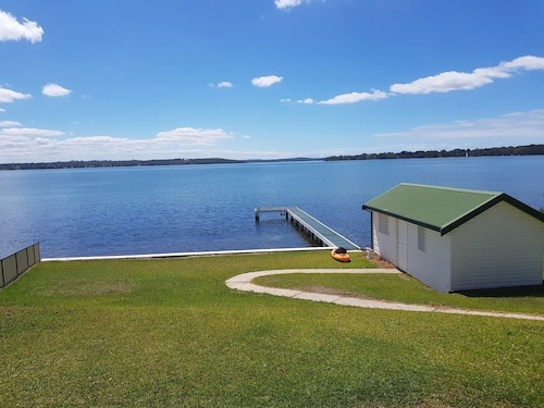 Lake Escape - Lake Macquarie