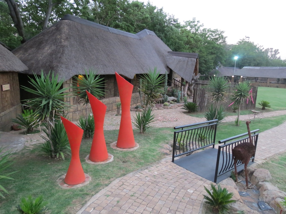 Property Grounds, Bushmans Rock Country Lodge