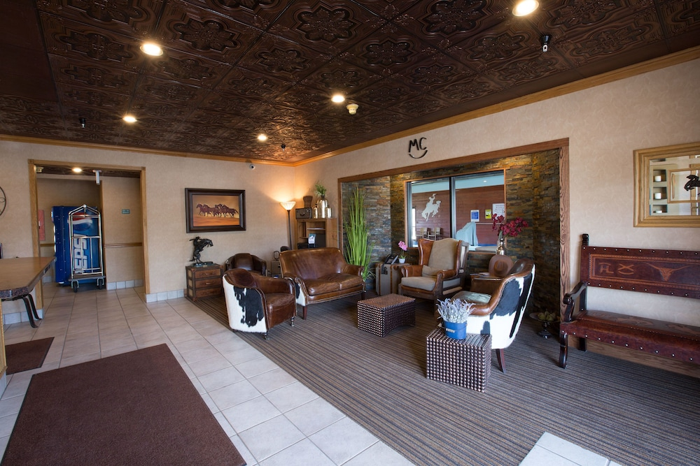 Lobby Sitting Area, Miles City Hotel