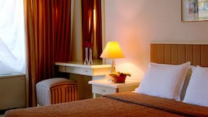 In-room safe, free cribs/infant beds, linens, wheelchair access