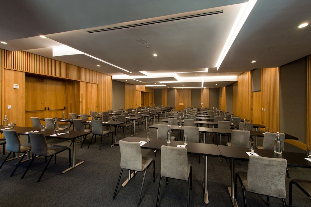 Meeting Facility, The Study at University City