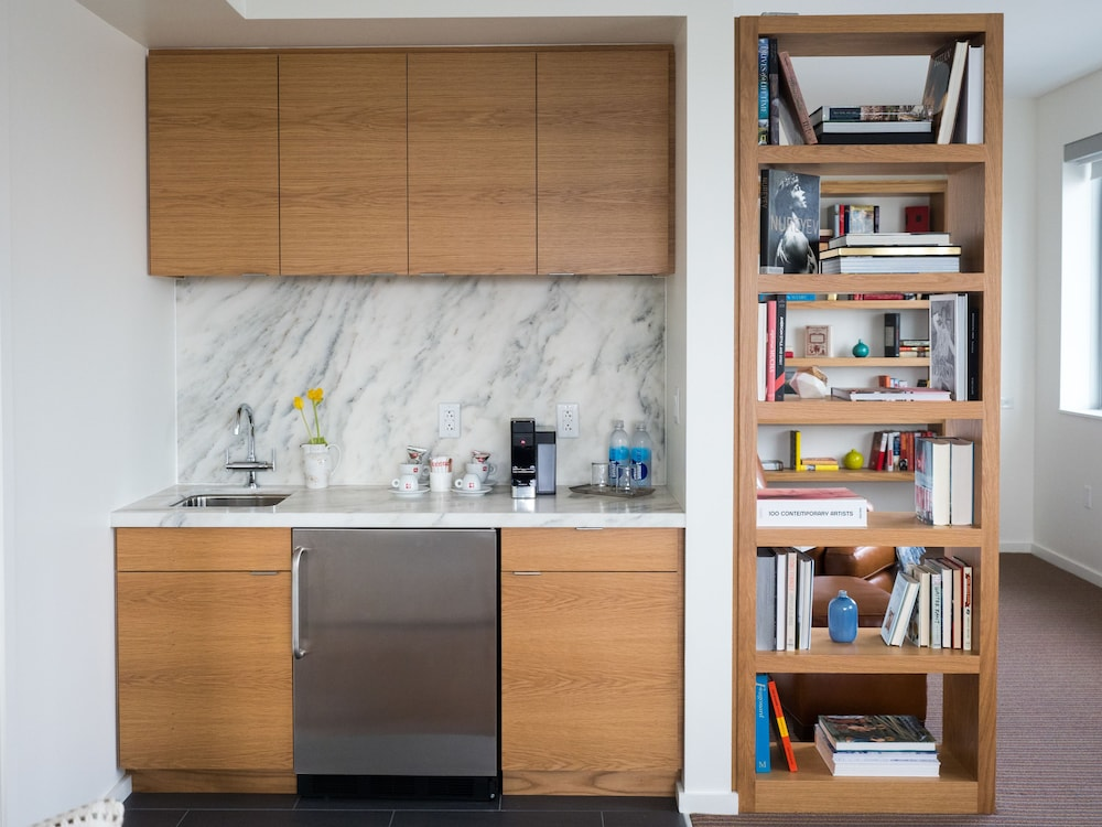 Private Kitchenette, The Study at University City