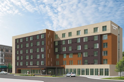 Courtyard by Marriott North Brunswick