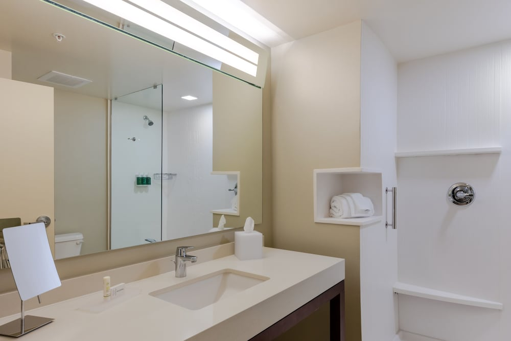 Bathroom, Courtyard by Marriott Savannah Airport