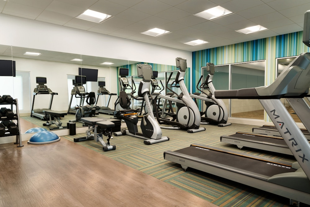 Fitness Facility, Holiday Inn Express & Suites Allen Park