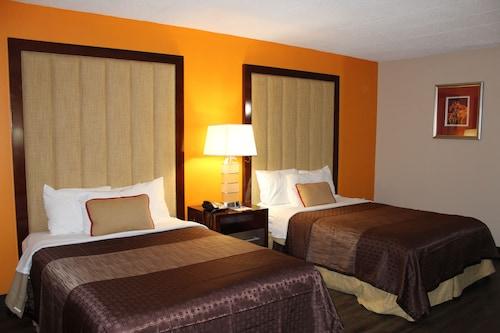 Great Place to stay Rodeway Inn & Suites Stroudsburg - Poconos near Delaware Water Gap