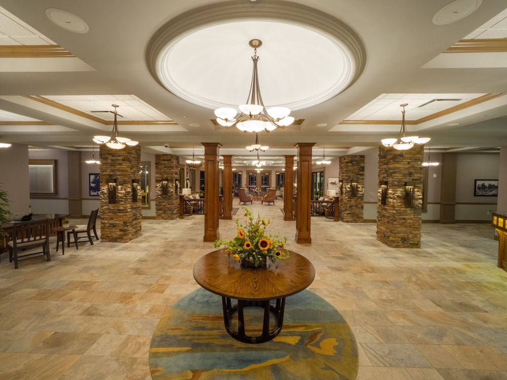 Lobby, Chautauqua Harbor Hotel- Jamestown