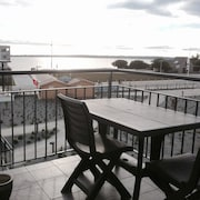 Apartment With one Bedroom in Concarneau, With Wonderful sea View, Pool Access, Furnished Terrace - 100 m From the Beach
