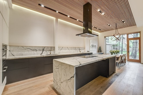 Modern Private Luxury High Park