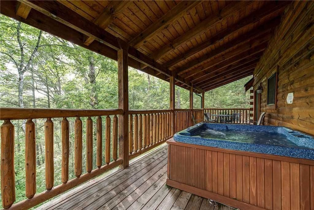 A Desire Fulfilled 2 Bedroom Home with Hot Tub: 2018 Room Prices ...