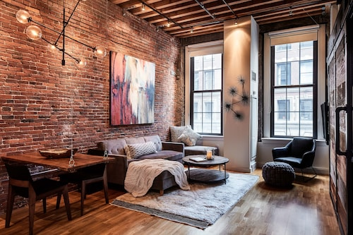 New! Historical 1BR Modern, 5-star Loft in the Heart of Boston's Waterfront