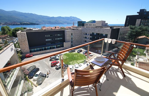 Budva Boutique Apartments