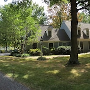 Escape To This Oxford Md Waterfront Home Kayaking Canoeing Relaxing