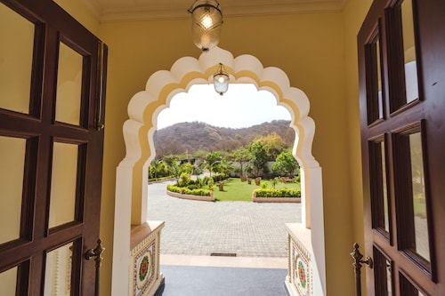 WelcomHeritage Mount Valley Resort, Ranthambore