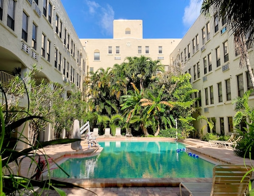 Designer Decorated Palm Beach Hotel NEW