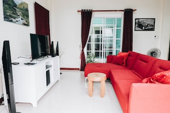 Peach Hua Hin Pool Villa Holiday