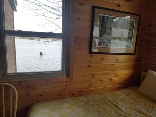 Check Expedia for Availability of Minocqua Shores Resort - Cabin #2 2 Bedrooms 1 Bathroom Condo
