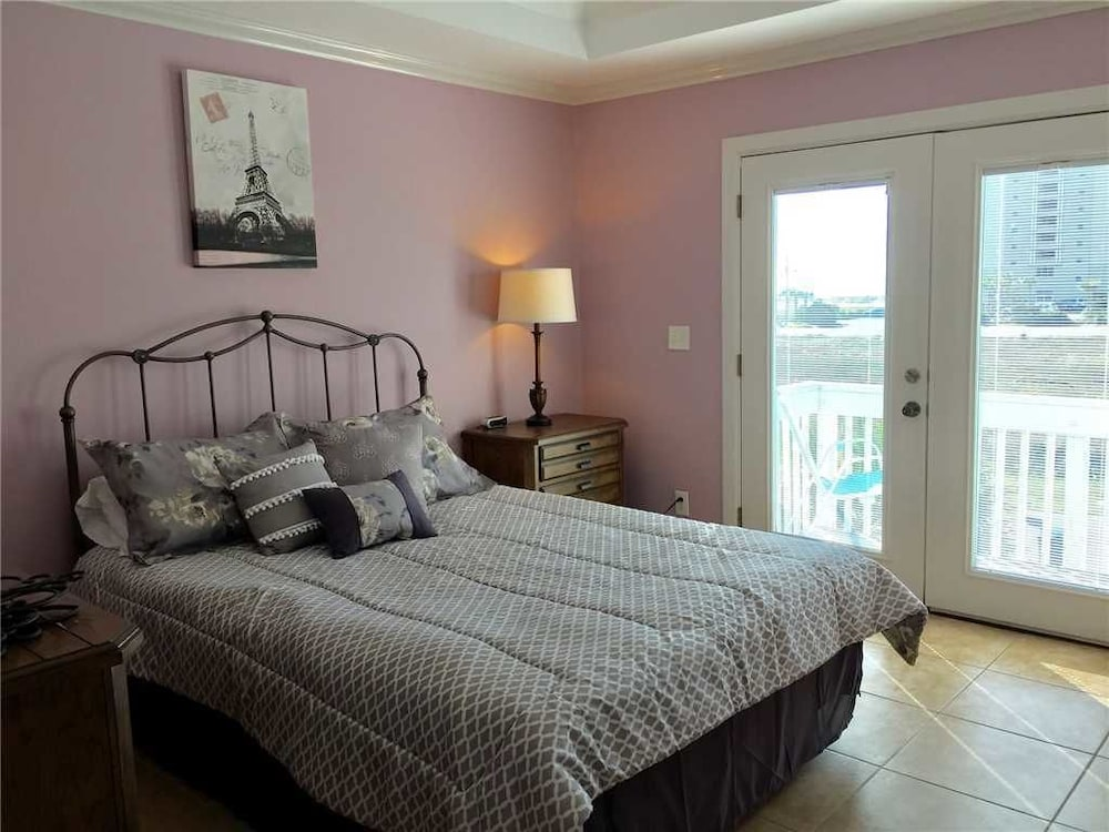 Charmant Balcony View Featured Image Guestroom ...