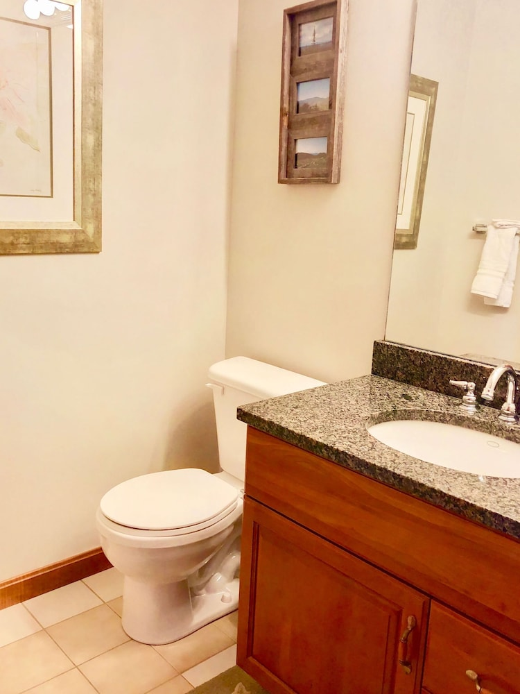 Bathroom, Bretton Woods Mountainside Townhomes by Bretton Woods Vacations