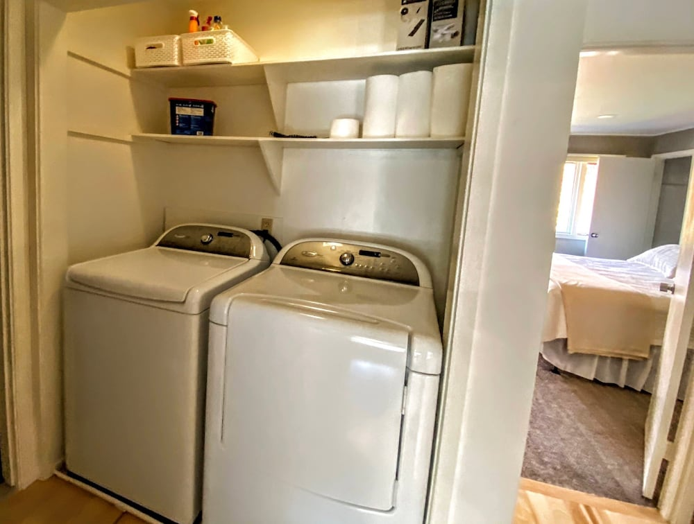 Laundry, Bretton Woods Mountainside Townhomes by Bretton Woods Vacations