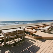 Gated Beachfront 3br/3.5ba W/ Private Sauna & Deck 3 Bedroom Home