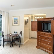 1br/1ba Silverado Studio W/ Pool & Private Patio Studio Bedroom Condo