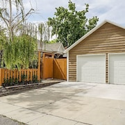 Ultra-Modern Home in the Central City District of Salt Lake 3Br Home