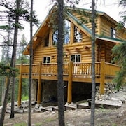 Pinecone Mountain Chalet 5 Bedrooms 3 Bathrooms Cabin
