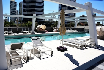 Pelicanstay in Broadbeach
