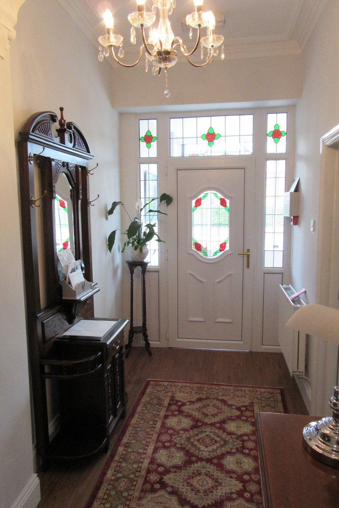 Interior Entrance, Fern Lee Guest House