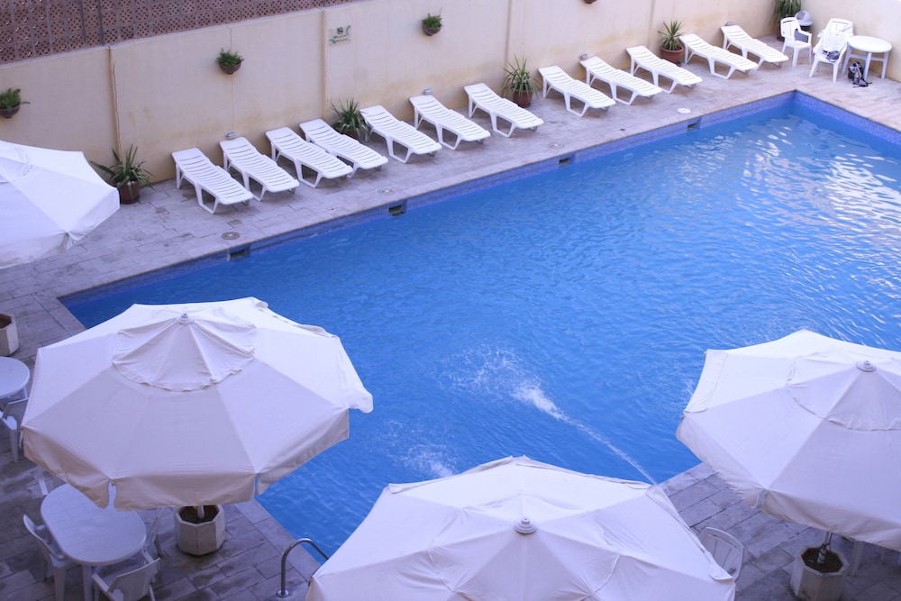 Outdoor Pool, Mariam Hotel