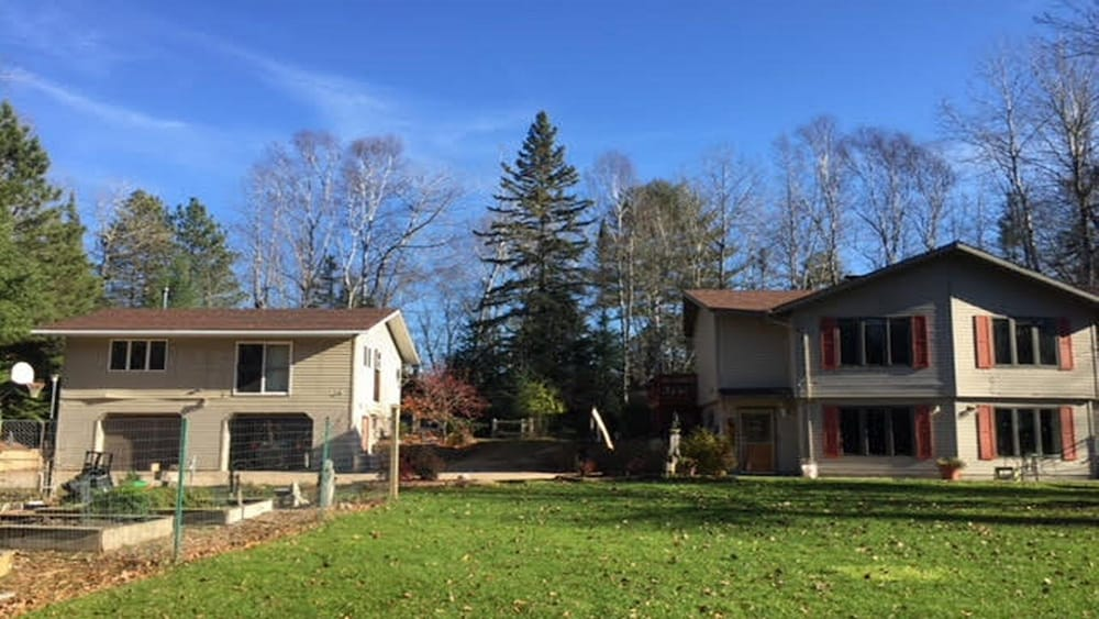 Northwoods Creekfront Home Private And Pet Friendly Only 6 Miles From Escanaba