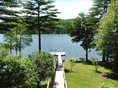 Great Place to stay Lake Front Log Cabin With Bonus Getaway Apartment near GLENVILLE