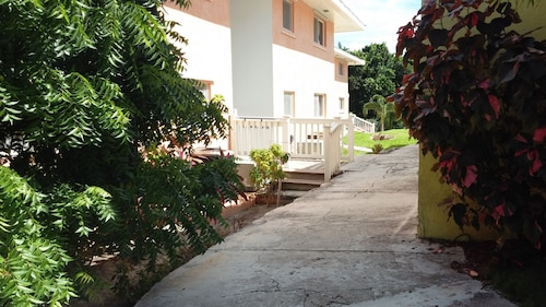 On Site Beach, Private Pool, and Tennis Courts all Within Walking Distance From our Unit