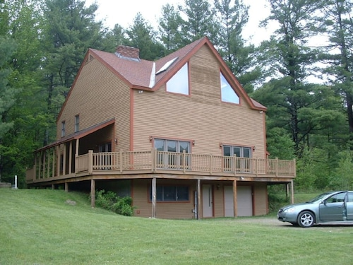Great Place to stay Immaculate - Stratton, Mount Snow near Jamaica
