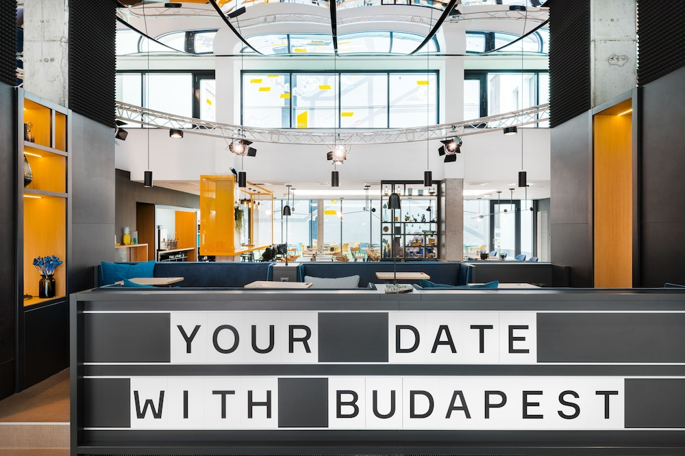 D8 Hotel: 2019 Room Prices $118, Deals & Reviews | Expedia
