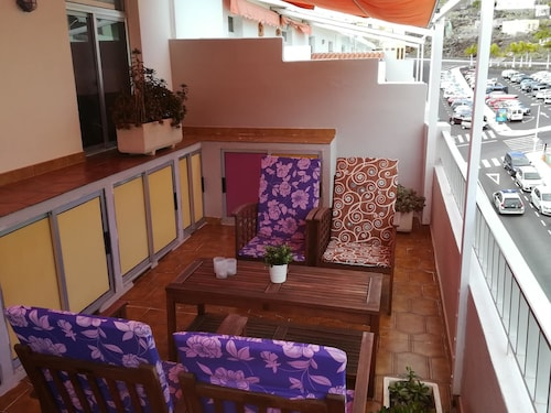 Apartment With one Bedroom in Puerto de Naos, With Furnished Terrace and Wifi - 150 m From the Beach